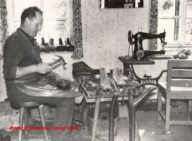 Schuhmacher und Händler: Josef Held