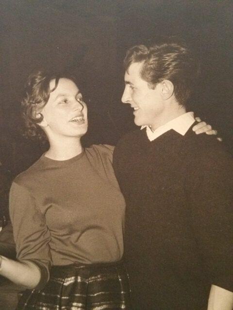 Maria Posch (verh. Tiefenthaler) beim Tanz mit Hans Hauser