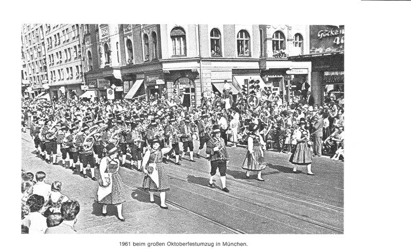 Musikkappelle Mils beim Oktoberfestumzug 1961