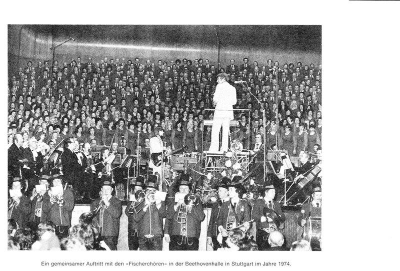 """Gemeinsamer Auftritt mit den """"Fischerchören"""" in der Beethovenhalle in Stuttgart 1974"""