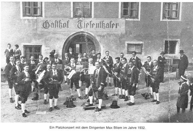 Musikkapelle Mils, Platzkonzert mit Dirigent Max Bliem 1932