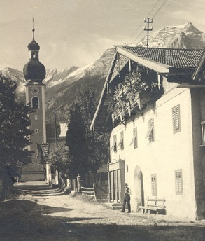 """H.Nr. 14 """"Beim Papst"""", Unterdorf 7"""