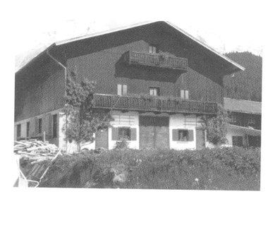"H.Nr. 32 ""Beim Haas"", Oswald Milser-Str. 11"