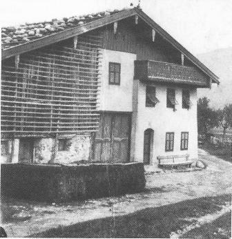 """H.Nr. 10 """"Beim Tschuggen Simal"""", Unterdorf 13"""