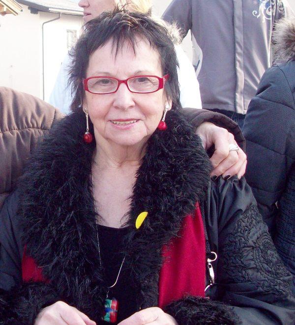 Margit Dür - eine Institution als Kassiererin
