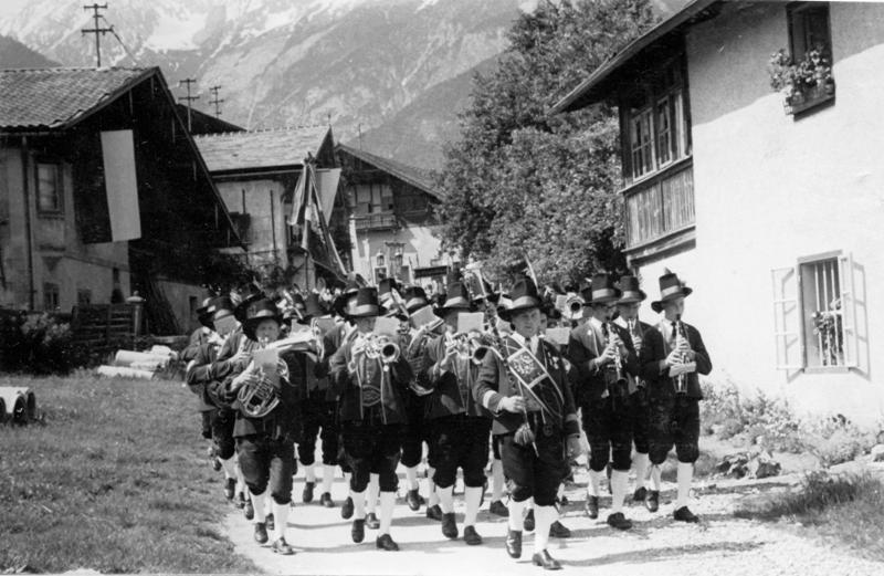 Musikkapelle: Fronleichnam 1955