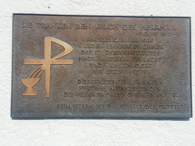 Gedenktafel an die Opfer des St. Josefinstitut