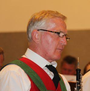 Erstmals wieder mit Instrument: Ehrenkapellmeister Oswald Klingler