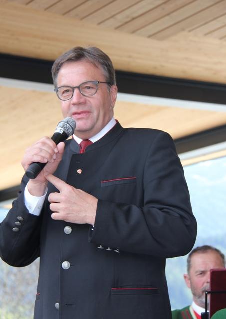 LH Günther Platter, Einweihung Dorfzentrum 2017