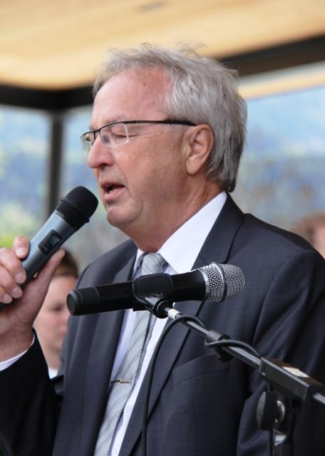 Bgm. Dr. Peter Hanser, Einweihung Dorfzentrum 2017