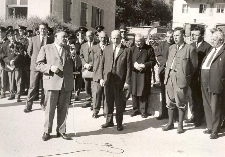 LH Wallnöfer bei einer Wahlreise in Mils